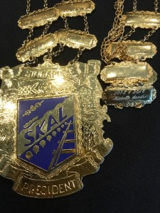 17.10 MS Medal